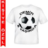 - Futbol Partisi Kişiye Özel Baskılı T-Shirt
