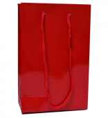 - Kırmızı Karton Çanta