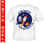 - Kozmik Gezegen Kişiye Özel Baskılı T-shirt